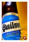 La etiqueta de Quilmes, con los clásicos colores de la bandera Argentina.