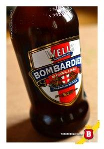 La etiqueta de Bombardier, con la cruz de St.George y los leones guardianes, símbolos ingleses por excelencia.