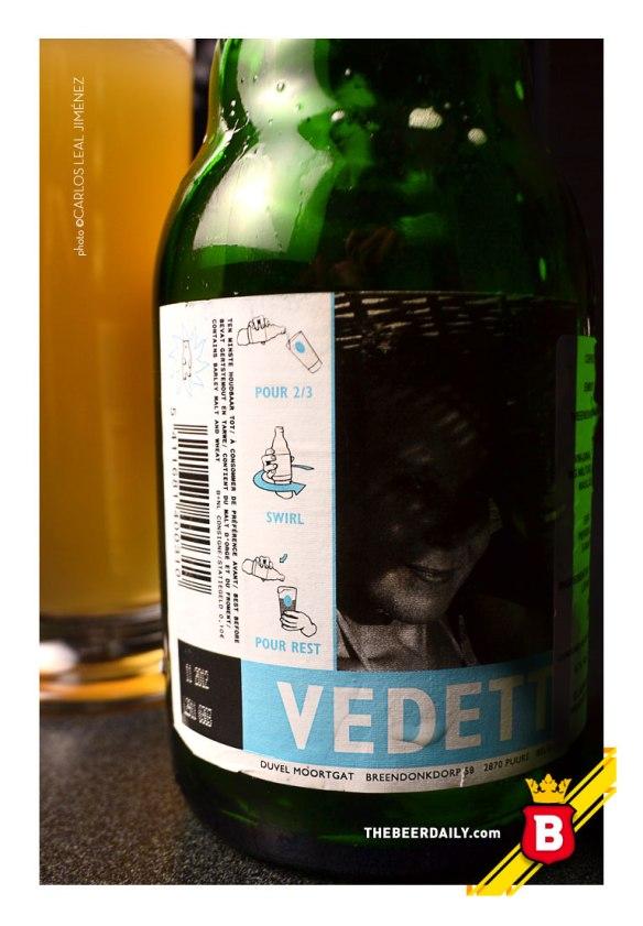 Las instrucciones para el agitado de esta Vedett Extra White